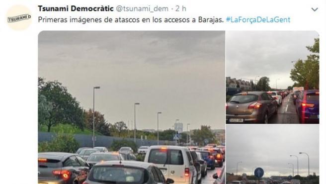 Atasco en la entrada al aeropuerto de Barajas en Madrid.