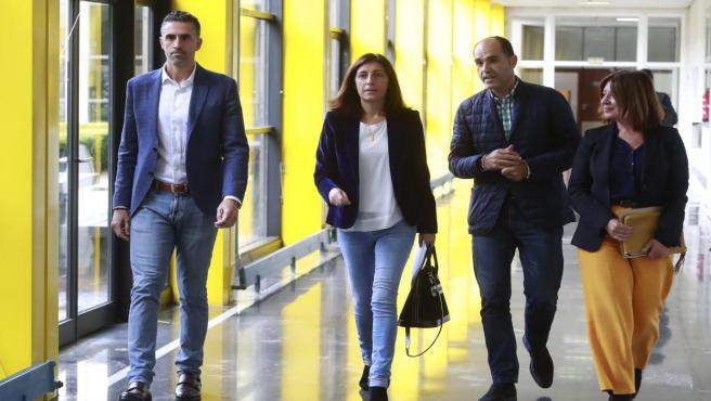 La conselleira de Medio Ambiente, Territorio e Vivenda, Ángeles Vázquez, llega al consejo rector del Instituto de Estudos do Territorio.