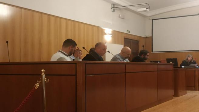 Los acusados de 'piratear' programas de Movistar+, durante el juicio celebrado en la Audiencia de Valladolid.