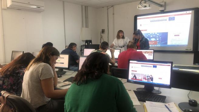 La Diputación pone en marcha sesiones informativas sobre la Administración Electrónica para entidades sociales de Álora