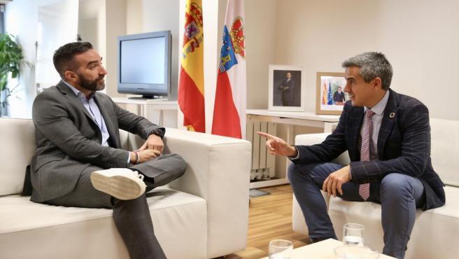 El vicepresidente del Gobierno de Cantabria, Pablo Zuloaga, se ha reunido hoy en Madrid con el secretario de Estado para el Avance Digital, Francisco Polo