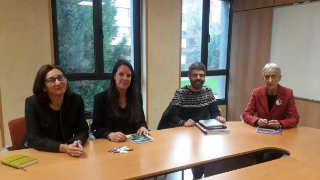Reunión entre la consejera de Educación, Carmen Suárez, y representantes sindicales de CCOO