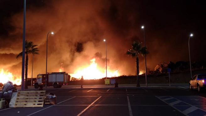 Incendio de un asentamiento de inmigrantes en Lepe (Huelva)