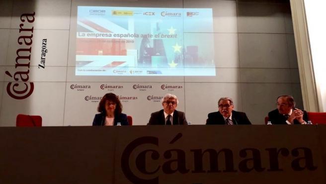 Una jornada divulgativa orienta a las empresas, en Zaragoza, sobre el Brexit.