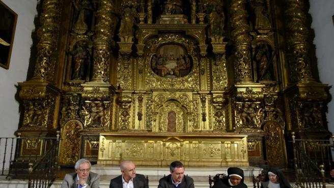 Firma del convenio para la financiación de las obras del convento de Madre de Dios