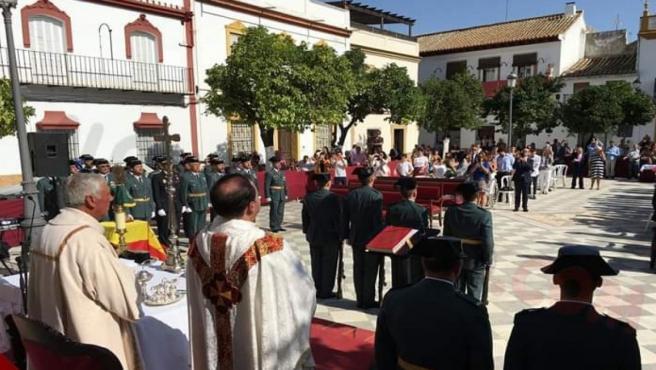 Misa en la plaza de Lora del Río