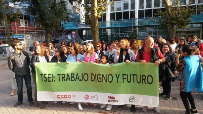 Técnicos Educación Infantil protestan ante la Consejería de Educación