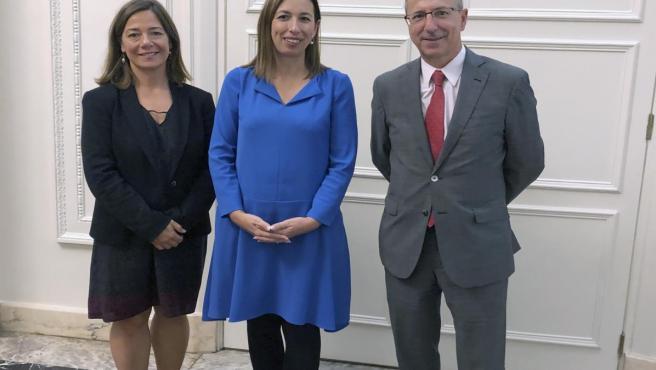La consejera de Economía y Hacienda, María Sánchez, se reúne en Bilbao con el responsable de Asuntos Europeos del Gobierno Vasco, Mikel Antón Zarragoitia