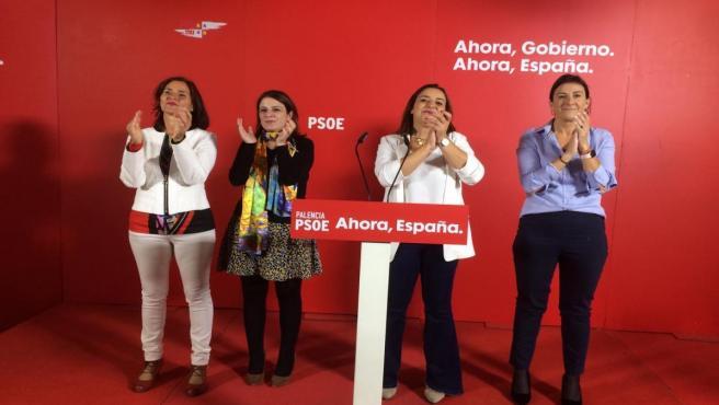 De izquierda a derecha: Seijo, Lastra, Andrés y Sánchez en el primer acto de pre campaña del PSOE en Palencia.