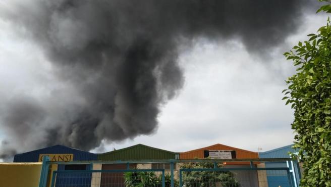 Incendio en un polígono de Málaga capital