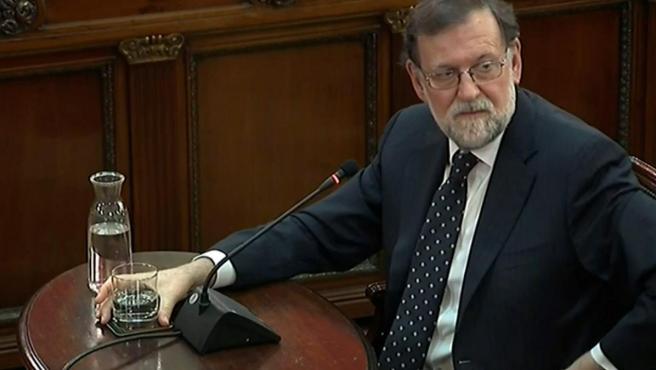 """Mariano Rajoy, durante su declaración como testigo en el juicio del """"procés""""."""