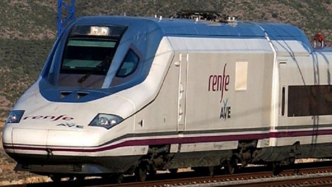 Imagen de archivo de un tren AVE.