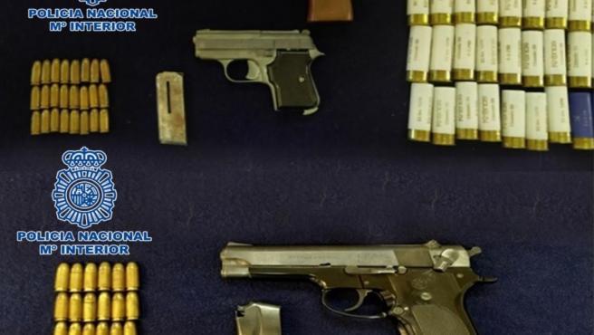 Armas y munición intervenidas.