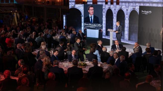 El presidente de la Xunta, Alberto Núñez Feijóo, en la entrega del LXI Premio Fernández Latorre