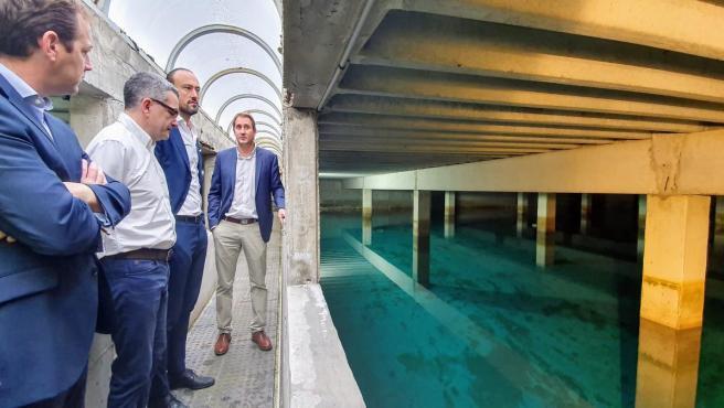 Visita al depósito de agua de Viérnoles