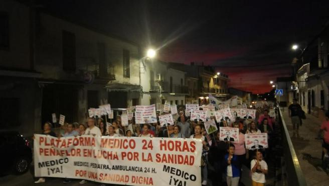 Movilización en Peñaflor para pedir un médico 24 horas