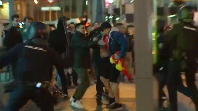 Manifestantes de ultraderecha