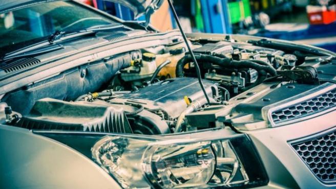 El uso que se le da al vehículo y la forma de conducción afectan a la vida útil de la batería.