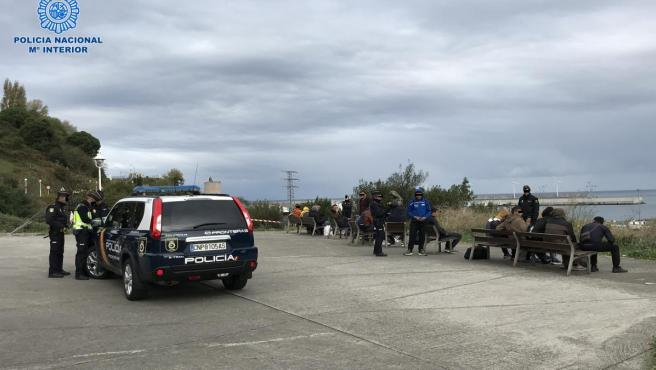 Operación del Grupo de Fronteras Marítima de la Policía Nacional en el Puerto de Bilbao