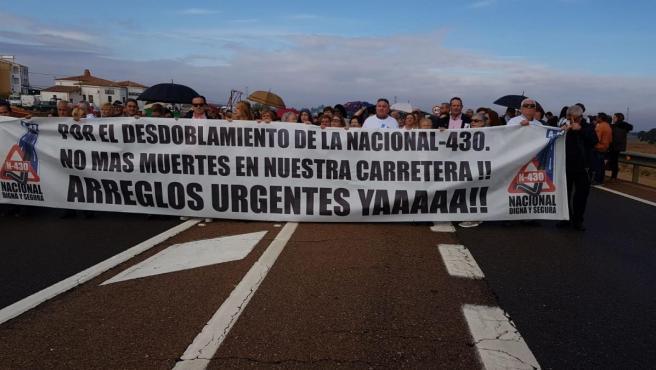 Manifestación para reclamar el desdoblamiento de la N-430