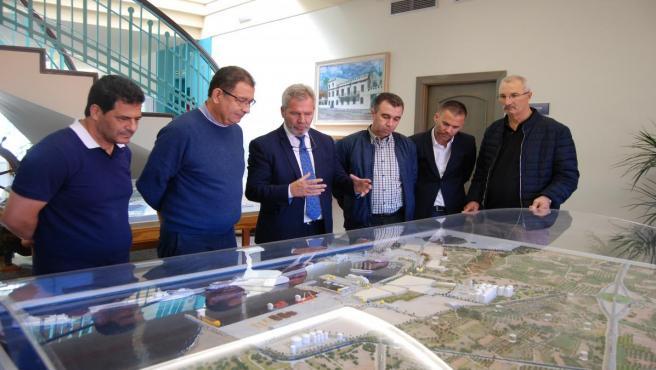 Visita de delegación de Alhucemas al Puerto de Motril