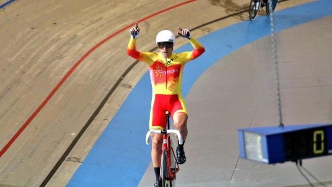 Sebastián Mora, en el Campeonato de Europa de ciclismo en pista.