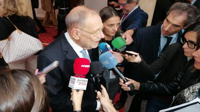 Javier Solana antes de las audencias de los Premios Princesa de Asturias
