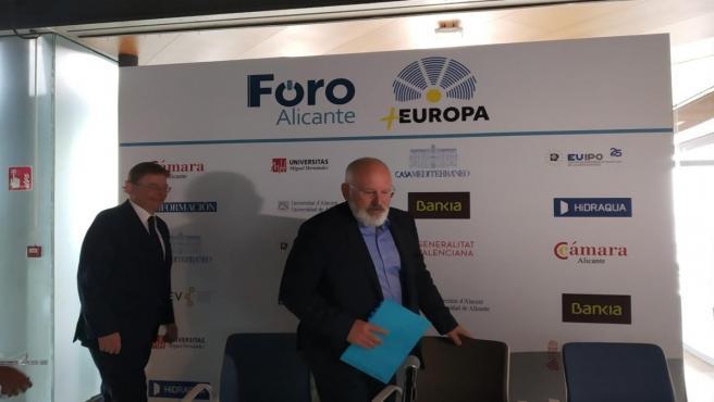 Frans Timmermans llega junto a Ximo Puig a la EUIPO.
