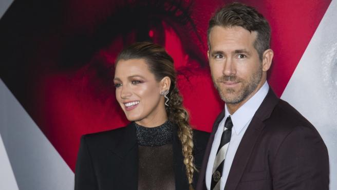 La pareja de actores ha mostrado la primera imagen de su hija en las redes.