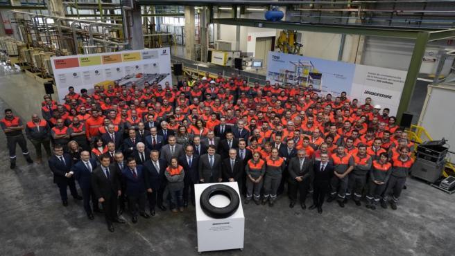Bridgestone celebra la producción del neumático 300 millones en la factoría de Burgos