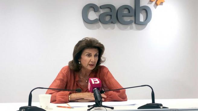 La presidenta de la Confederación de Asociaciones Empresariales de Baleares (CAEB), Carmen Planas, en rueda de prensa