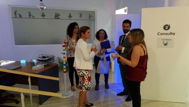 Visita de la delegada Trinidad Rus al CAIT Capsieat de Jaén.