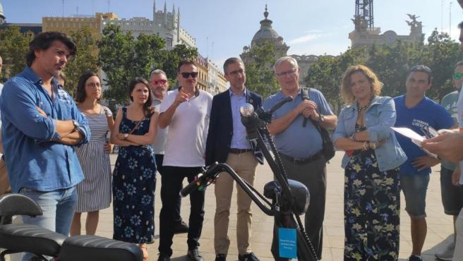 Giuseppe Grezzi, Arcadi Espanya, Joan Ribó i Maite Ibáñez en la Fira de la Mobilitat