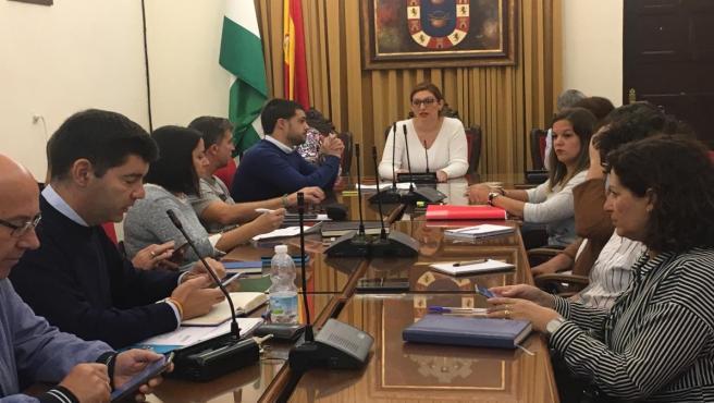 Pleno en el Ayuntamiento de Valverde del Camino (Huelva).