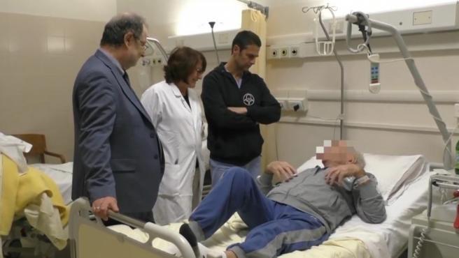 El primer trasplante de vértebras del mundo, en Bolonia (Italia).