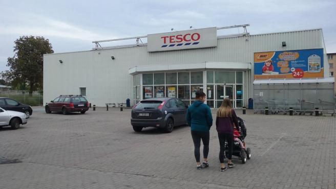 Imagen de un supermercado de la cadena británica Tesco en Polonia.