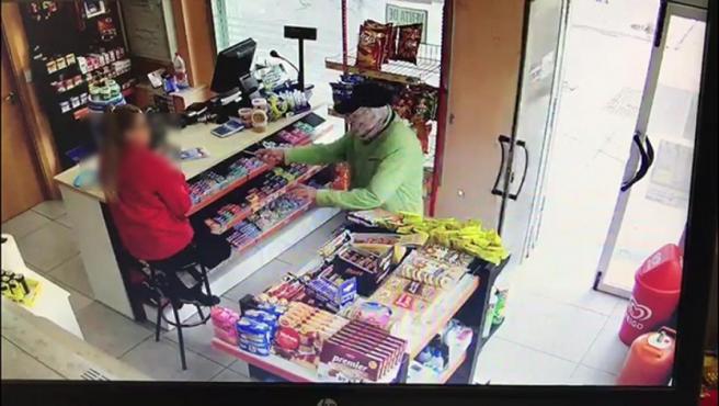 Imagen del robo en una gasolinera de Estepa