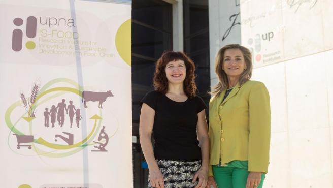 Maite Martínez Aldaya (izq.) y María José Beriáin Apesteguía, investigadoras del Instituto IS-FOOD de la UPNA
