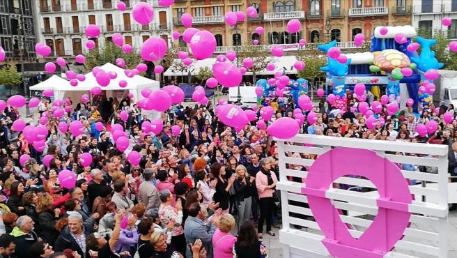 Celebración en Pamplona del Día Internacional del cáncer de mama