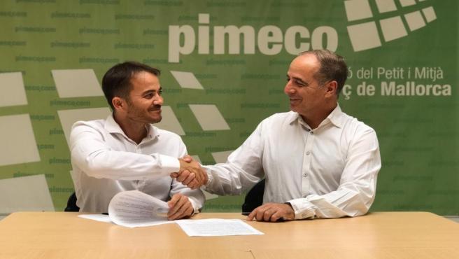 (I-D) El Guionista Ernest Riera Y El Presidente De Pimeco, Toni Fuster.