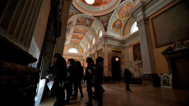 La Diputación de Huesca trabaja con la Escuela de Restauración en recuperar las pinturas murales de la Cartuja.