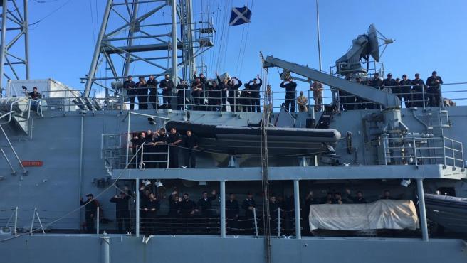 La fragata 'Victoria' parte de Rota para integrarse en la operación Atlanta.