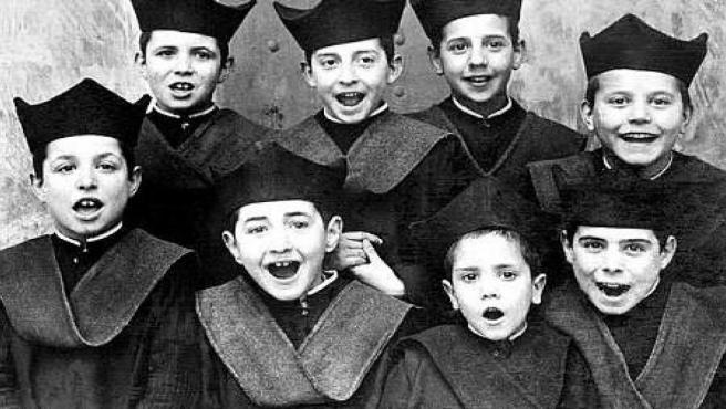 Un grupo de 'seises', niños cantores estudiantes del centenario colegio Infantes de Toledo, en una fecha sin concretar.