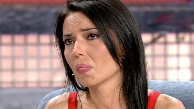 Mari Cielo Pajares con gesto compungido durante la entrevista en 'Sálvame Deluxe'.