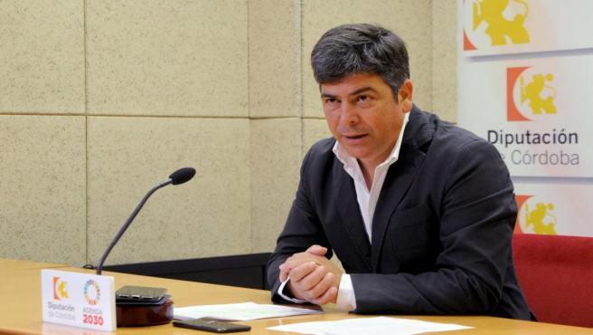 El delegado de Cohesión Social, Participación Ciudadana, Consumo y Protección Civil de la Diputación de Córdoba, Rafael Llamas