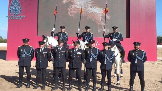 Agentes de la Unidad Especial de Caballería de la Policía Nacional participantes del Salón Internacional del Caballo de El Jadida en Marruecos