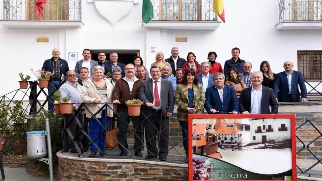 Reunión de la Diputación con ayuntamientos de Guadix
