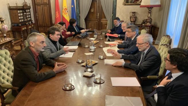 Reunión de la comisión mixta de coordinación entre el Gobierno foral y los representantes de la Fiscalía