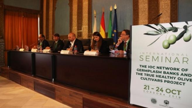 Acto inaugural del seminario técnico de los bancos de germoplasma del ICO