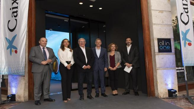 Inauguración de la oficina 'All in one' de CaixaBank'